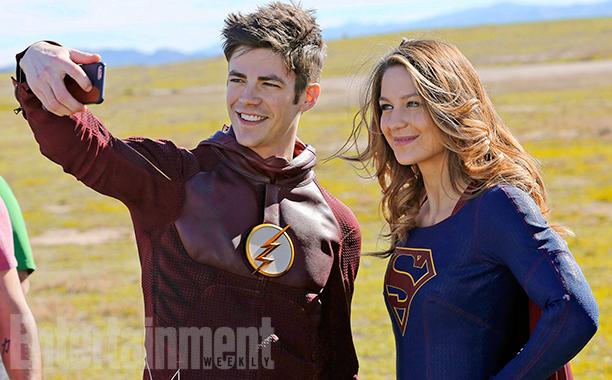 the-flash-supergirl_0.jpg
